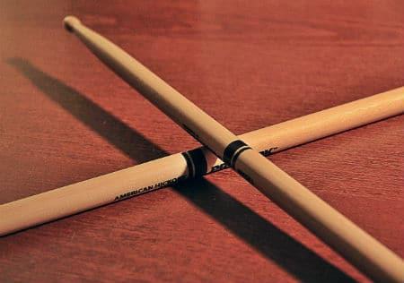 get a grip how to hold the drum sticks. Black Bedroom Furniture Sets. Home Design Ideas